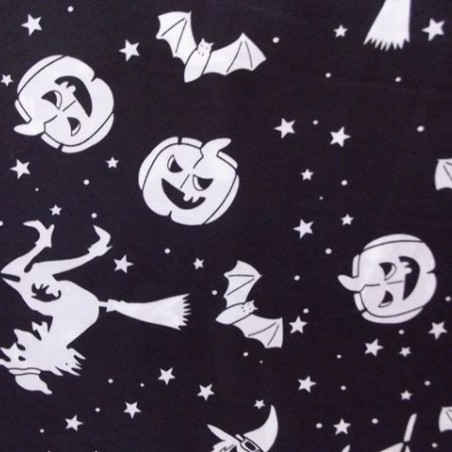 Tela de Halloween con Brujas y Calabazas