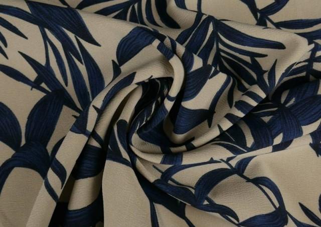 Venta online de Tela Crespón Floral Hojas Azules