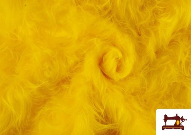Comprar online Tela de Pelo Largo de Colores color Amarillo