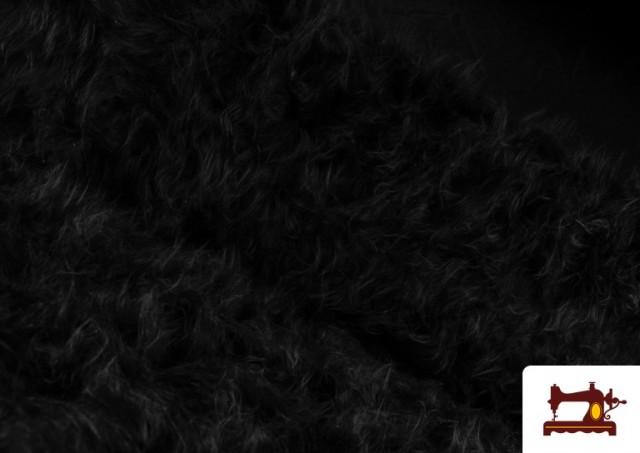 Comprar online Tela de Pelo Largo de Colores color Negro