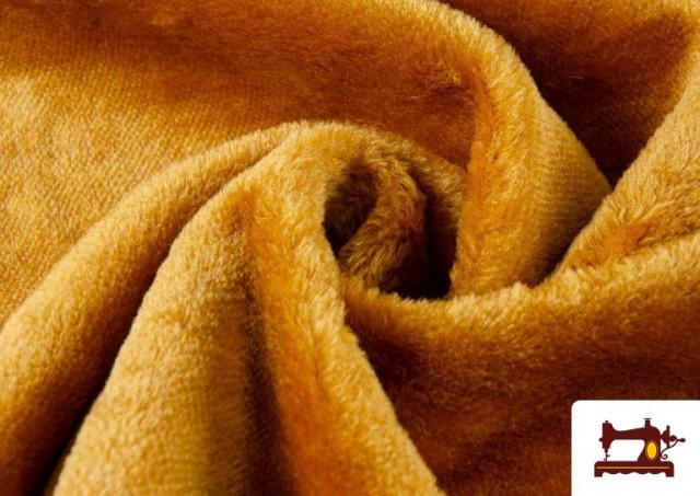 Venta online de Tela de Pelo Corto de Colores color Dorado