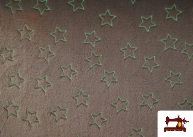 Comprar online Tela de Coralina Suave Estampado Estrellas Brillantes a la Oscuridad
