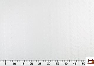 Tela de Batista Bordada Calada Blanca