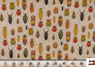 tela con estampado de insectos