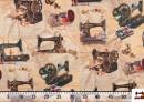 Tela de Decoración Estampada con Motivos de Maquinas de Coser Antiguas y Costura