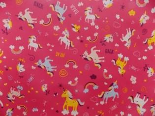 Tela de Pul Estampada con Unicornios de Colores