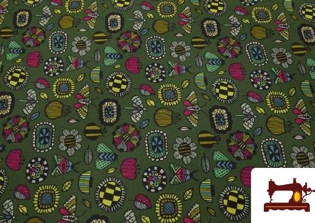 Comprar online Tela de Sudadera Invierno Estampado Insectos Retro color Verde