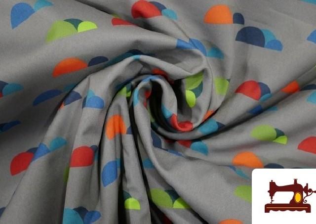 Tela de SOFTSHELL estampado Montañas de colores color Gris
