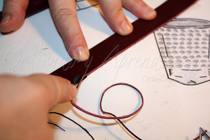 Consejos para coser un bolso con asas de cuero